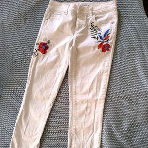 LOFT White Skinny Floral Appliqué jeans